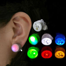 1Pair Unisex Light Up LED Bling Ear Studs Earrings Accessories For Party Schön