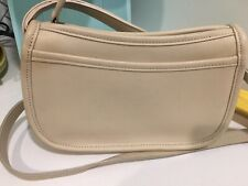 VINTAGE Coach Wendie Crossbody Bag in Beige/Ivory. Great Vintage Condition