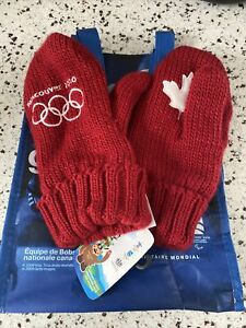 Vancouver 2010 Olympics Gloves Mittens L/XLRed NWT Winter Hudson Bay With Bag