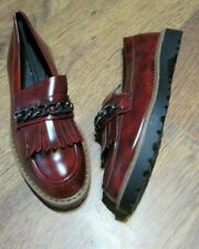 NEW IN BOX SIZE 5 RED LOAFER STYLE SHOES