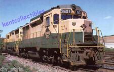Reading Railroad GP30 #3601 diesel locomotive train railroad postcard