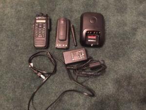 Motorola XPR6550 UHF 403-470Mhz 4W Digital/Analog LTR Radio AAH55QDH9LA1AN