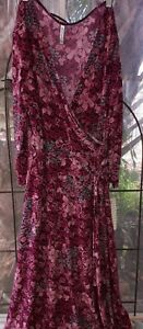 Sale! White Stag NWT Floral Dress Mock Wrap Included Tie Belt Midi Length