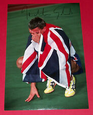 Jonathan Edwards Triple Jump Autograph mano firmato foto 12x8