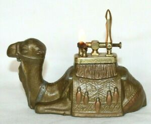 Vintage  Resting Camel Lift Arm Metal Table Lighter in Working condition