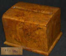 ANTIQUE BOX Cigarette Tobacco Karelian Birch wood vtg Case desktop souvenir rare