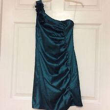 Love Tease ladies dress junior size 9 green cocktail shimmery fabric sexy 52