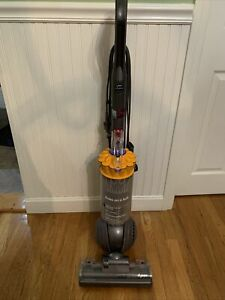Dyson DC40 Multi Floor Ball Bagless Vacuum Cleaner Upright Tools/Attachments