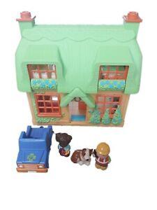 Elc Happyland Rose Cottage + Figures