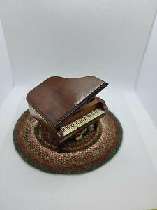 DOLLHOUSE MINIATURE VINTAGE SHACKMAN 1/2 SCALE GRAND PIANO WORKING MUSIC BOX