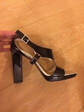 Roger Vivier Shoes Paris Black Chunky Heels Patent Leather Made in Italy 6.5