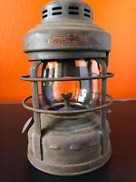Vintage EMBURY Luck-E-Lite No. 25 Lantern Truck Kerosene Oil Lamp Light Globe