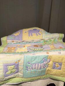 "Target Circo Baby Crib Coverlet, Snooz'n Safari Crib Quilt 33"" x 42"""