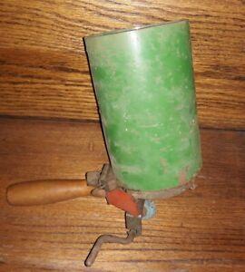 Vintage Green  Hand Held  Seeder Planter Hopper Broadcaster Crank Metal