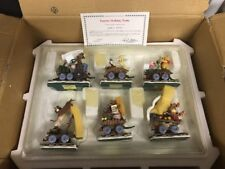 Eeyore Holiday Train Danbury Mint Winnie The Pooh Disney Stunning Figurines WSUR
