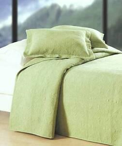 HOTEL MATELASSE 2pc Twin QUILT SET : 100% COTTON TILE SOLID COLOR COVERLET