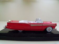 HOT WHEELS - 1957 FORD FAIRLANE CONVERTIBLE - REAL RIDERS - DIECAST