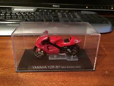 ATLAS 1/24 SCALA Superbike COLLEZIONE YAMAHA YZR-M1 - Max Biaggi - 2002