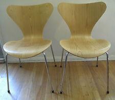 2 Arne Jacobsen Series 7 Wood Chairs for Fritz Hansen