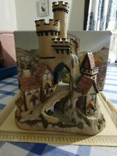 "Vintage David Winter Cottage ""Castle Gate"" with Certificate of Authenticity and"