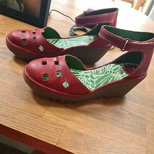 Fly London leather uppers buckle closed toe red shoes wedges size 7/EU40 summer