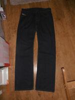 DIESEL LARKEE Mens Regular Straight Leg Fit Blue Jeans W32 L34 - FREE P&P