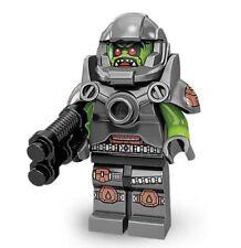 BN Lego mini figure series 9 Space Avenger 71000 minifigure & accessorie