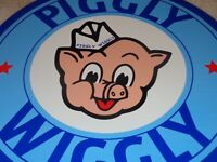"VINTAGE 1948 ""PIGGLY WIGGLY GROCERY STORE"" 11 3/4"" PORCELAIN METAL PIG GAS SIGN!"