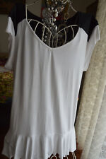 *  NWOT  * CHARLIE BROWN * STYLISH TOP  *** RRP $120