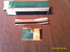 CHEVROLET, GMC 73,76-78,80 SUBURBAN front bed molding, RH ORIG. GM NOS