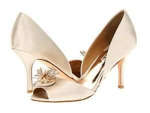NIB Badgley Mischka Clarissa D'orsey open toe pump heel sandals shoes 7,5 Ivory