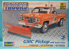 1:24 Revell - GMC Pickup w/ Snow Plow Model Kit(85-7222)