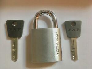 CADENAS PROFESSIONNEL MUL-T-LOCK - ACIER CEMENTE- 2 CLES