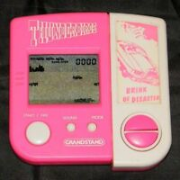 GRANDSTAND BRINK OF DISASTER - Jeu électronique Game & Watch / Electronic game