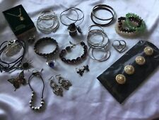 Mixed lot of Costume Jewelry Earrings Rings Bracelets brooches