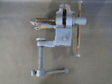 Antico vise d''banco da lavoro dipinto blu utensile per bricolage