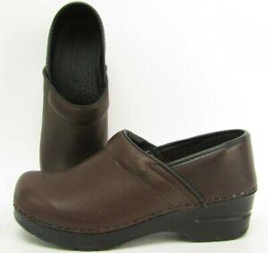 Sanita Womens Size 5 35 Leather Slip On Danish Clogs Professional Shoes