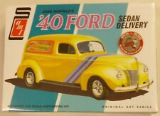 AMT 1/25 Gene Winfields 1940 Ford Sedan Delivery Van Model Kit 769