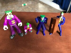 McDonalds BATMAN THE BRAVE & THE BOLD happy meal toy #2 The Joker Squirter Toy