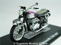 TRIUMPH BONNEVILLE T120 MODEL MOTORBIKE 1:24 SIZE PURPLE/WHITE IXO 1967 BIKE T3Z