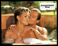 JAMES BOND 007 DANGEREUSEMENT VOTRE 5 PHOTOS CINEMA / LOBBY CARDS Jeu B