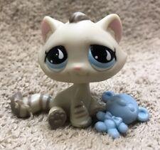 Littlest Pet Shop #563 Gray Stripes Tabby Cat w/ Teardrop Blue Eyes