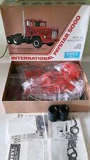 ERTL Truck International Paystar 5000   No:8031 Model Kit