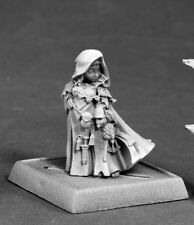 Enora Iconic Arcanist Reaper Miniatures Pathfinder Mage Wizard Caster Gnome