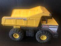 Hasbro TONKA 354 Metal Pressed Steel Large Yellow Dump Truck Vintage Toy Model