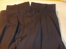 roundtree & yorke 44 x 24 pleated not cuffed 55% polyester 45% wool #244
