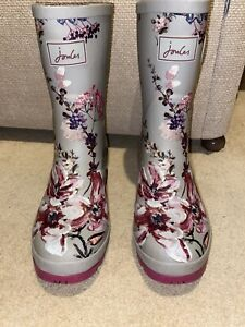 Joules Size 8 Pink Floral Print Molly Mid Height Wellies - Used Condition