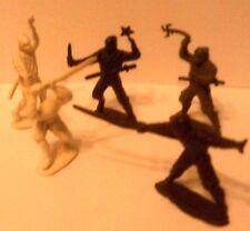 """Japanese""""NINJAS""""Figures(5)1/32 Italeri."""