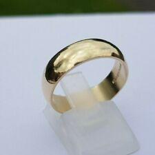lovely 9 Carat Gold wedding Ring size P