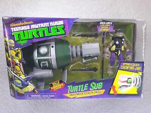 Teenage Mutant Ninja Turtles Turtle Sub Vehicle and Diver Donnie Action Figure